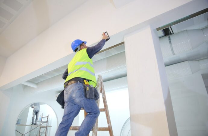 Commercial-Painting-Nacodoches-TX-Professional-Painting-Contractors-We offer Residential & Commercial Painting, Interior Painting, Exterior Painting, Primer Painting, Industrial Painting, Professional Painters, Institutional Painters, and more.